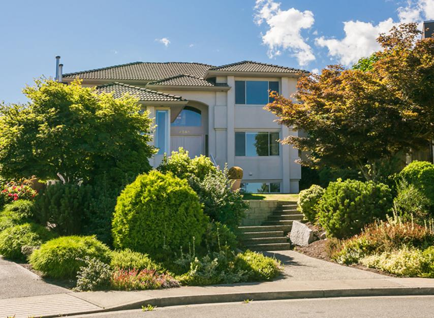 7589 Manzanita Place, Burnaby East